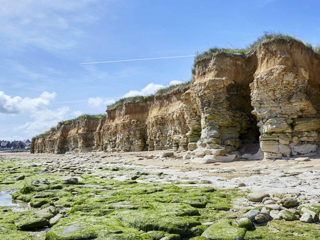 Falaise des Confessionaux - La grotte de l'Anguillère