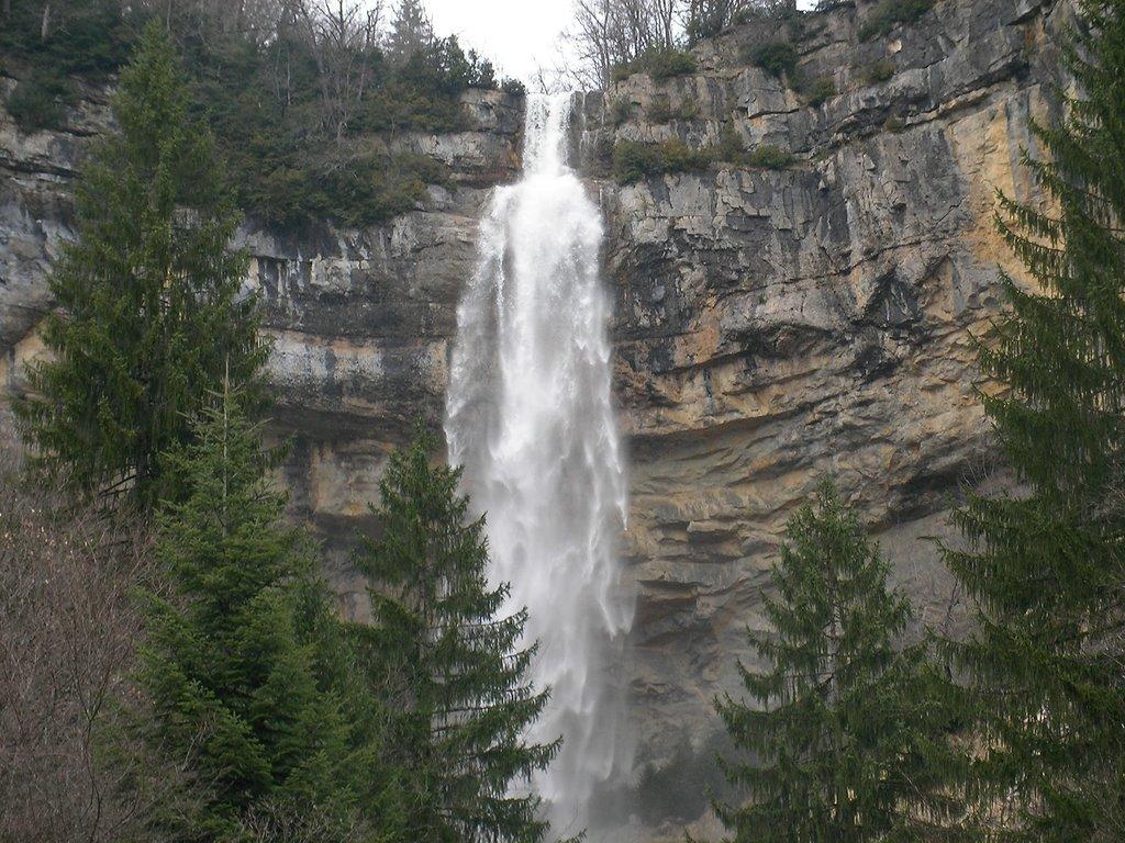 La cascade de la Queue de Cheval de Saint-Claude
