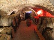 Cave viticole du vignoble de Château-Chalon
