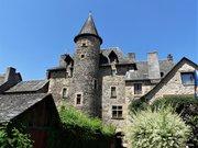 Sainte-Eulalie-d'Olt château