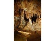 Gour Grotte de la Madeleine