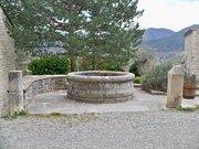 Poet Laval - bassin ancien village