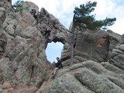 L'arche du Trou de la Bombe en Corse du sud - U Compuleddu