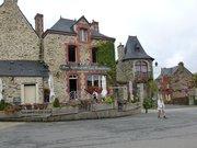 Bar restaurant Les Ardoisières in Rochefort-en-Terre, Brittany, France