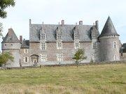 Le Château de la Motte-Glain (La Chapelle-Glain)