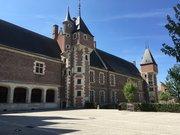 Cour intérieure du château de Gien