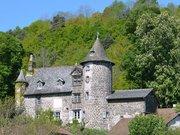 Château d'Oyez à Saint-Simon