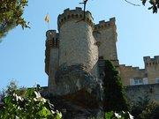 Chateau de La Barben 01