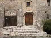 Chateau -entree- Montfort-sur-Argens
