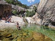 Les cascades et les piscines aux eaux turquoises de Purcaraccia