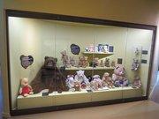 Musée du jouet By Arnaud 25 CC BY-SA 3.0 via Wikimedia Commons