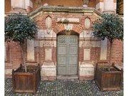 Toulouse-assezat-porte-sous-escalier