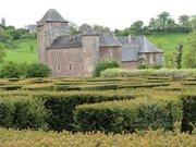 Le château du Colombier vu depuis le labyrinthe