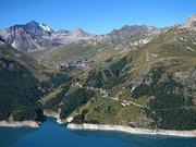 Tignes Tiia Monto CC BY-SA 3.0 via Wikimedia Commons
