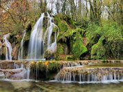 La cascade des tufs aux Planches près d'Arbois